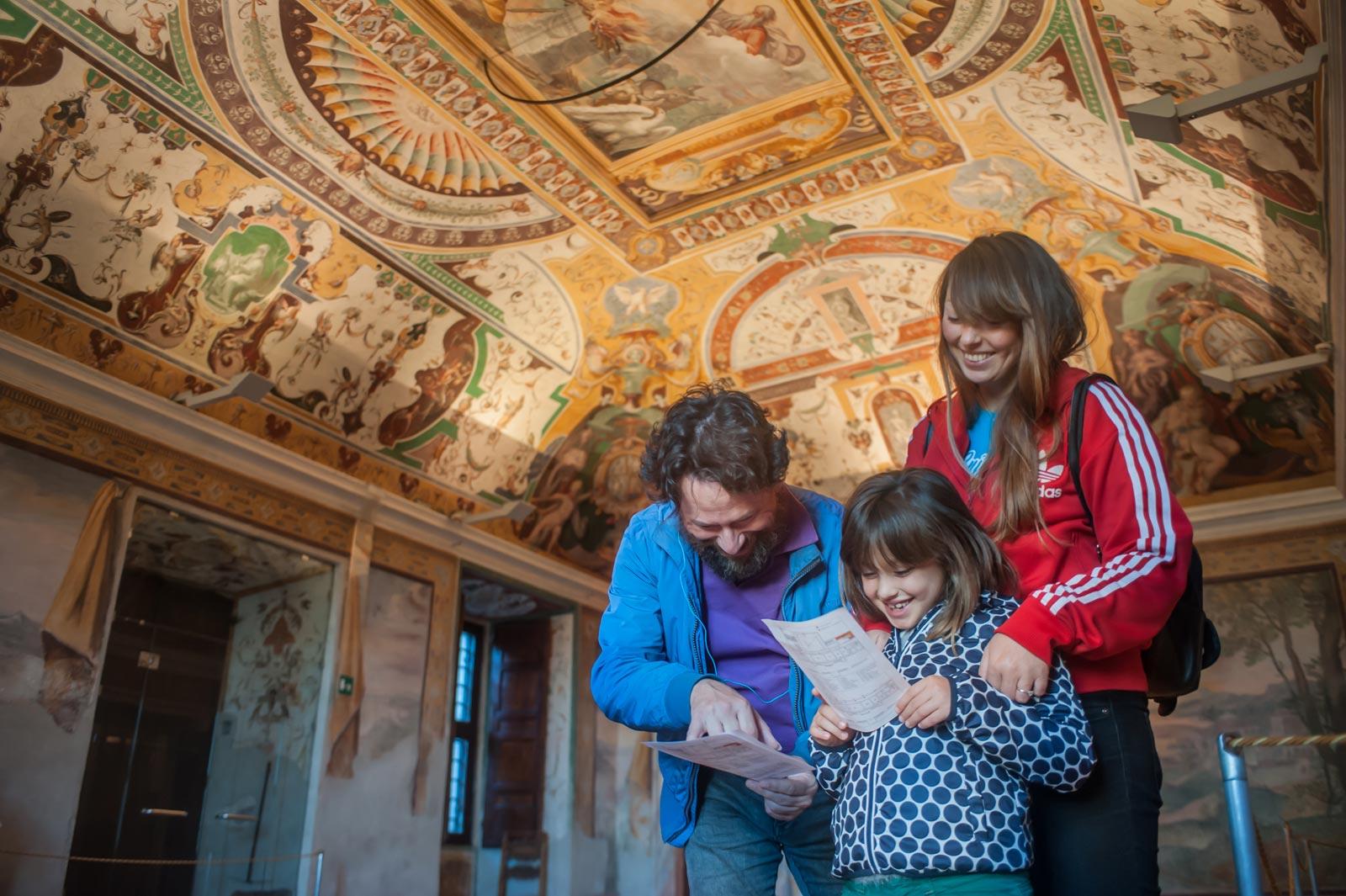 Tivoli Day Trip: Hadrian's Villa and Villa d'Este Tour