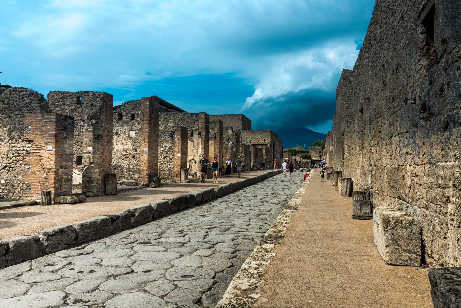 Day trip from Rome and guided tour of Pompeii